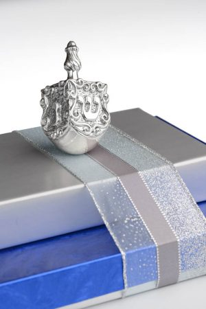 dreidel-gift-1k-main